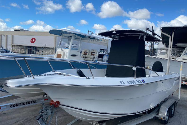 Thumbnail 1 for Used 2005 Sea Fox 257 Center Console boat for sale in Miami, FL