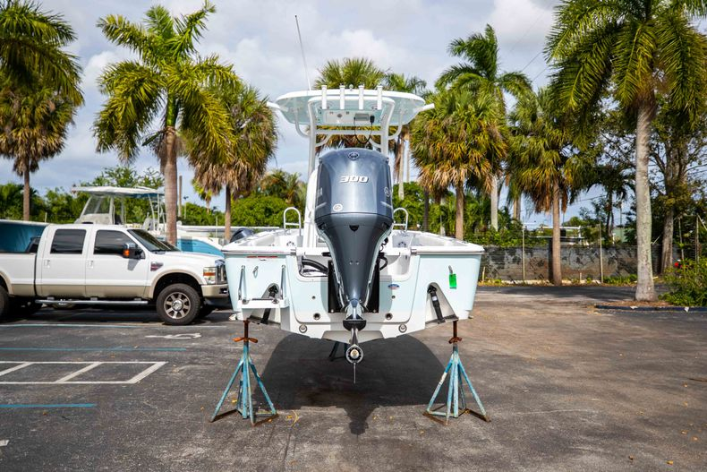 Thumbnail 6 for New 2021 Sportsman Masters 247 Bay Boat boat for sale in Vero Beach, FL