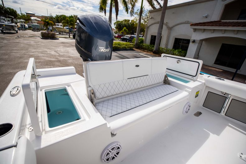 Thumbnail 10 for New 2021 Sportsman Masters 247 Bay Boat boat for sale in Vero Beach, FL