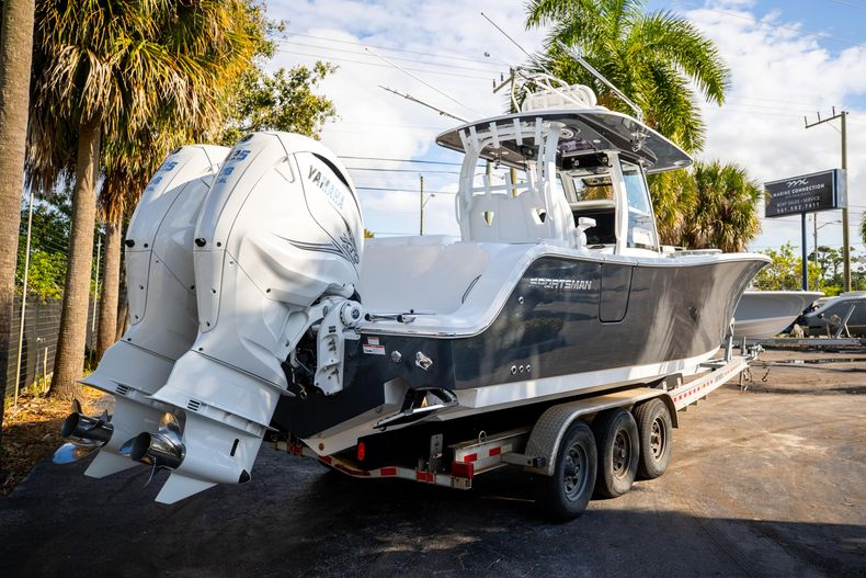 Thumbnail 2 for New 2021 Sportsman Open 322 Center Console boat for sale in West Palm Beach, FL