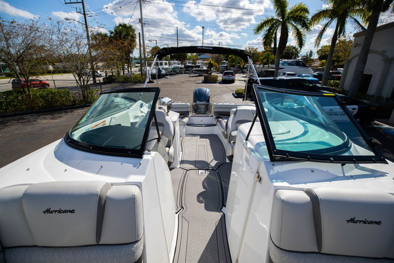 Thumbnail 50 for New 2021 Hurricane SunDeck SD 2690 OB boat for sale in West Palm Beach, FL