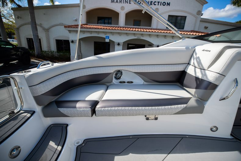 Thumbnail 21 for New 2021 Hurricane SunDeck SD 2690 OB boat for sale in West Palm Beach, FL