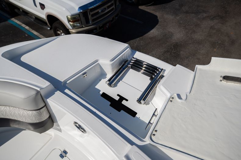 Thumbnail 49 for New 2021 Hurricane SunDeck SD 2690 OB boat for sale in West Palm Beach, FL