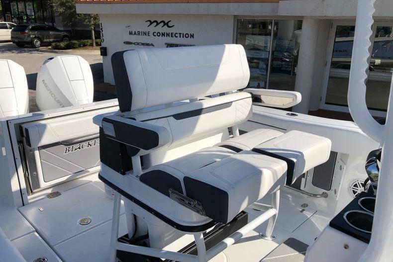 Thumbnail 14 for New 2021 Blackfin 252CC boat for sale in Vero Beach, FL