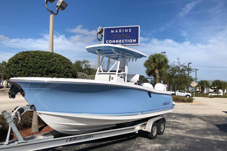 Thumbnail 1 for New 2021 Blackfin 252CC boat for sale in Vero Beach, FL
