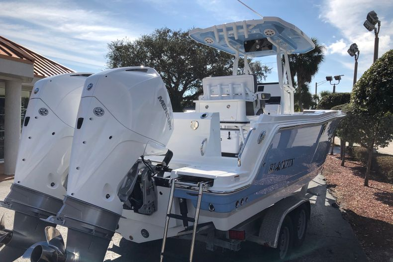 Thumbnail 5 for New 2021 Blackfin 252CC boat for sale in Vero Beach, FL