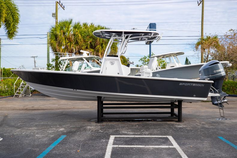 Thumbnail 4 for New 2021 Sportsman Masters 247 Bay Boat boat for sale in West Palm Beach, FL