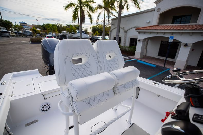 Thumbnail 25 for New 2021 Sportsman Masters 247 Bay Boat boat for sale in West Palm Beach, FL