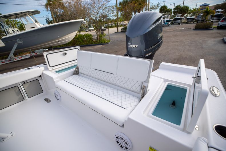 Thumbnail 13 for New 2021 Sportsman Masters 247 Bay Boat boat for sale in West Palm Beach, FL