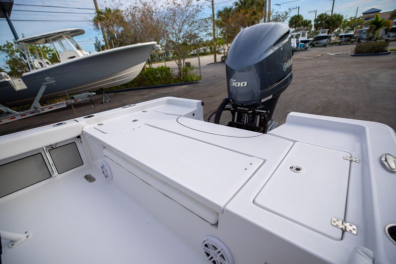 Thumbnail 12 for New 2021 Sportsman Masters 247 Bay Boat boat for sale in West Palm Beach, FL