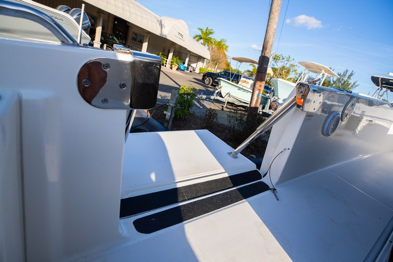 Image 29 for 2016 Boston Whaler 270 Dauntless in West Palm Beach, FL
