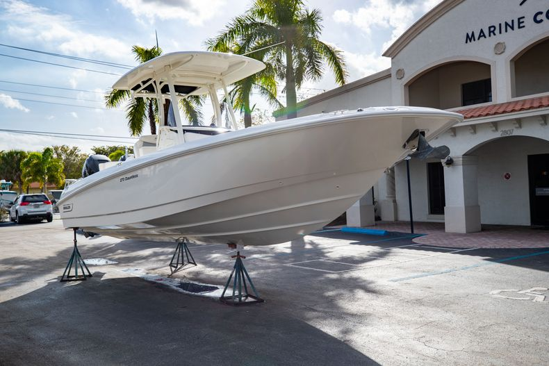 Image 1 for 2016 Boston Whaler 270 Dauntless in West Palm Beach, FL