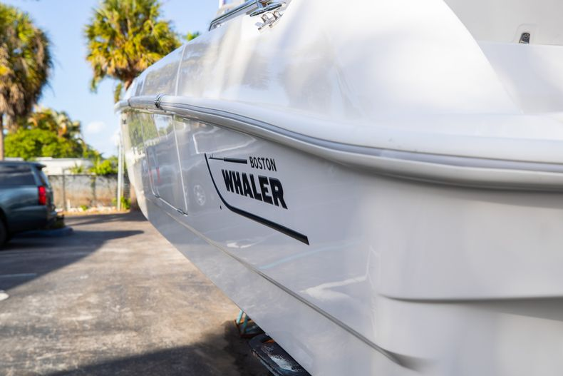 Image 11 for 2016 Boston Whaler 270 Dauntless in West Palm Beach, FL