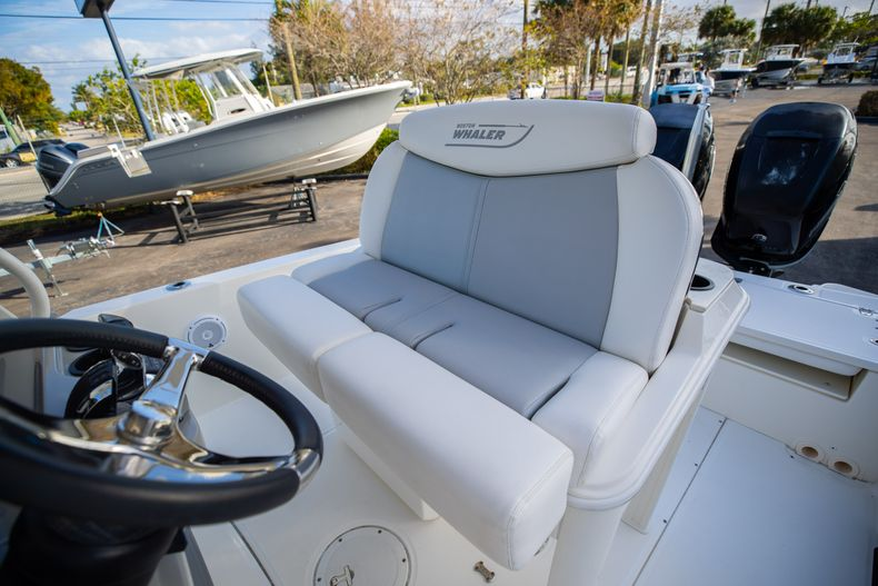 Image 42 for 2016 Boston Whaler 270 Dauntless in West Palm Beach, FL