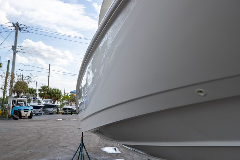 Image 2 for 2016 Boston Whaler 270 Dauntless in West Palm Beach, FL