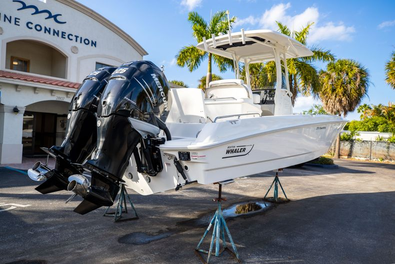 Image 13 for 2016 Boston Whaler 270 Dauntless in West Palm Beach, FL