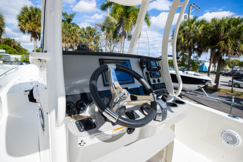 Image 38 for 2016 Boston Whaler 270 Dauntless in West Palm Beach, FL
