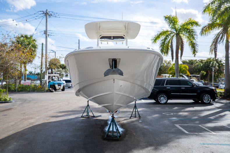 Image 3 for 2016 Boston Whaler 270 Dauntless in West Palm Beach, FL