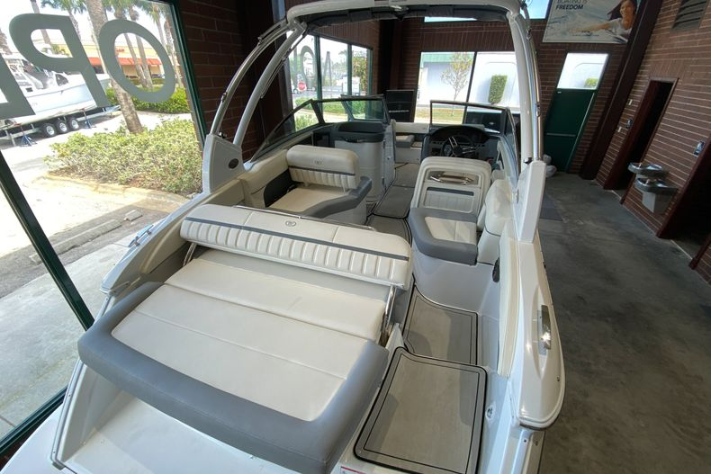 Thumbnail 7 for New 2021 Cobalt 23SC boat for sale in West Palm Beach, FL