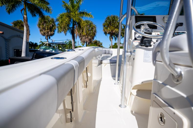 Thumbnail 27 for Used 2019 Mako 234 CC boat for sale in West Palm Beach, FL