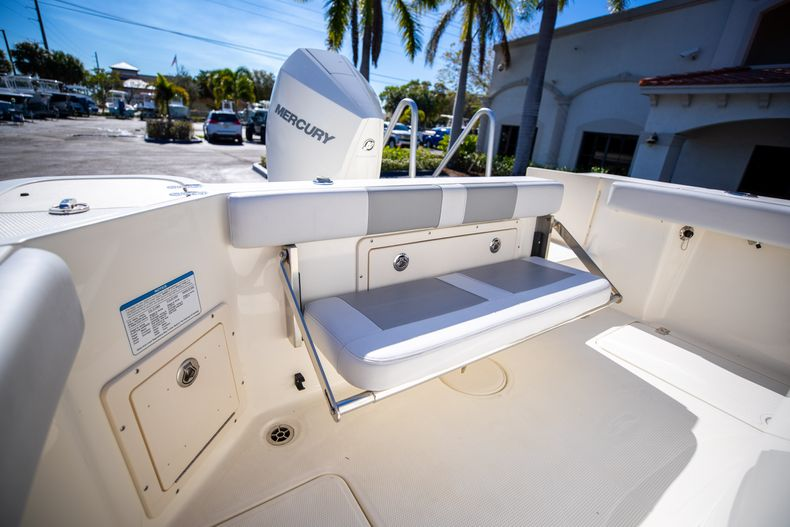 Thumbnail 17 for Used 2019 Mako 234 CC boat for sale in West Palm Beach, FL
