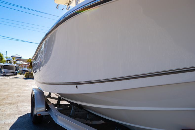 Thumbnail 2 for Used 2019 Mako 234 CC boat for sale in West Palm Beach, FL