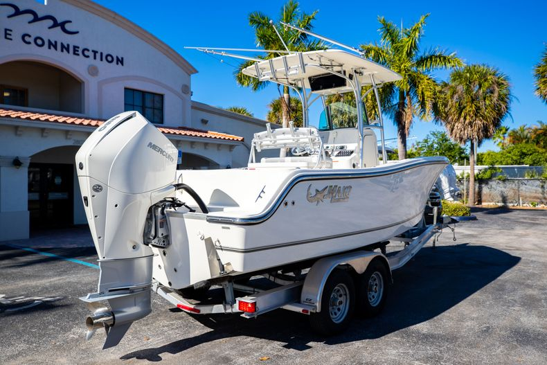 Thumbnail 10 for Used 2019 Mako 234 CC boat for sale in West Palm Beach, FL