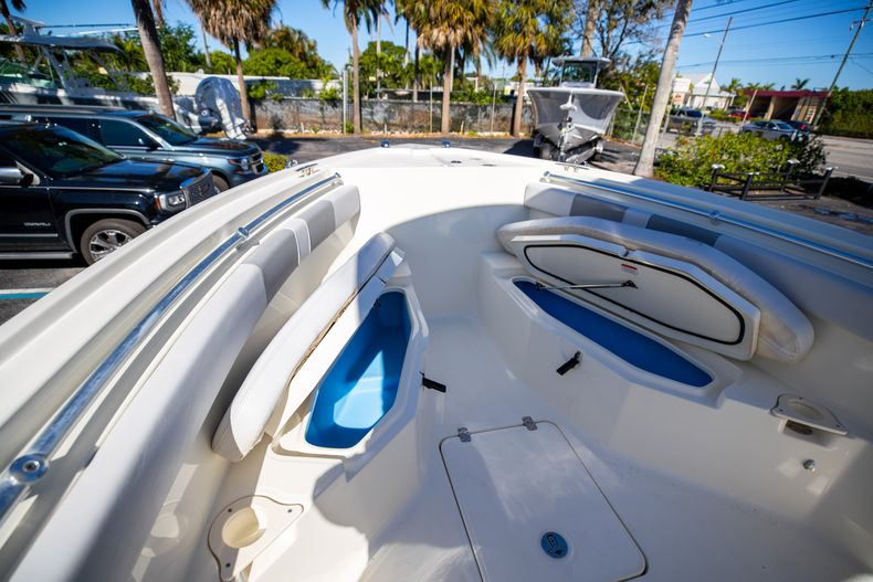 Thumbnail 50 for Used 2019 Mako 234 CC boat for sale in West Palm Beach, FL