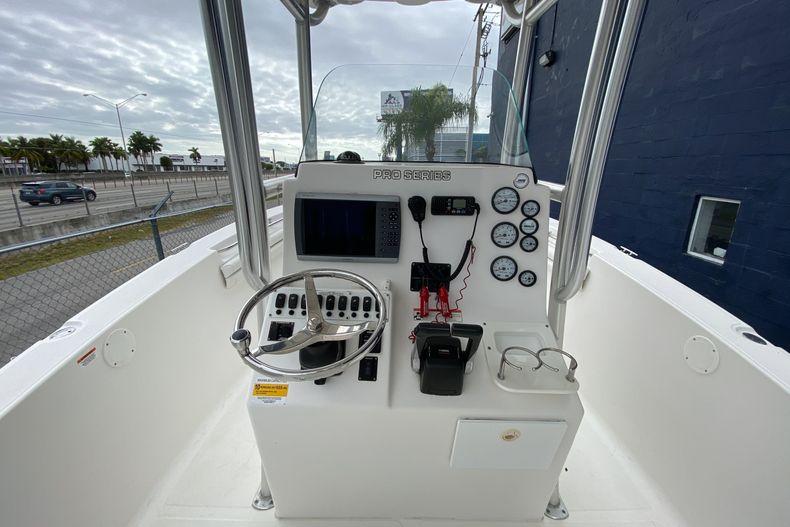 Thumbnail 10 for Used 2011 Sea Fox 256CC boat for sale in Miami, FL