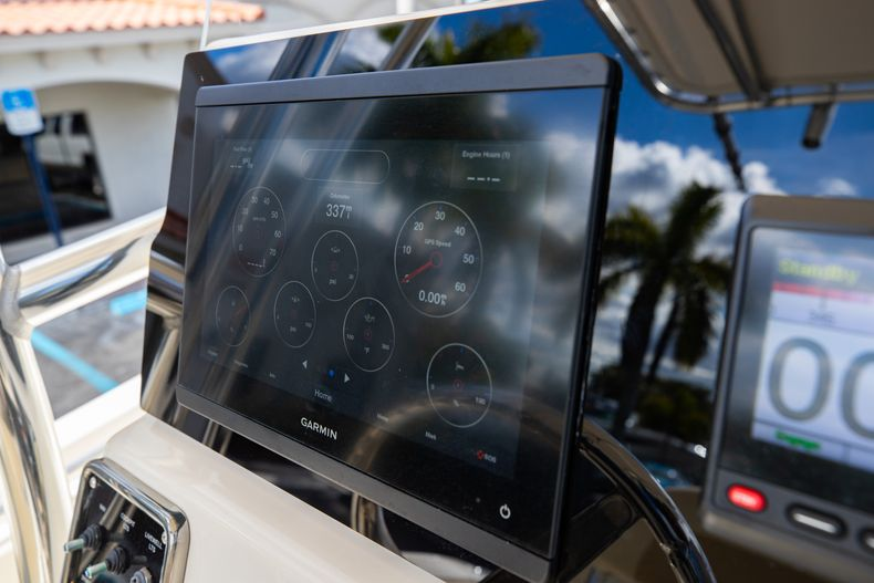 Thumbnail 24 for Used 2014 Cobia 217 Center Console boat for sale in West Palm Beach, FL