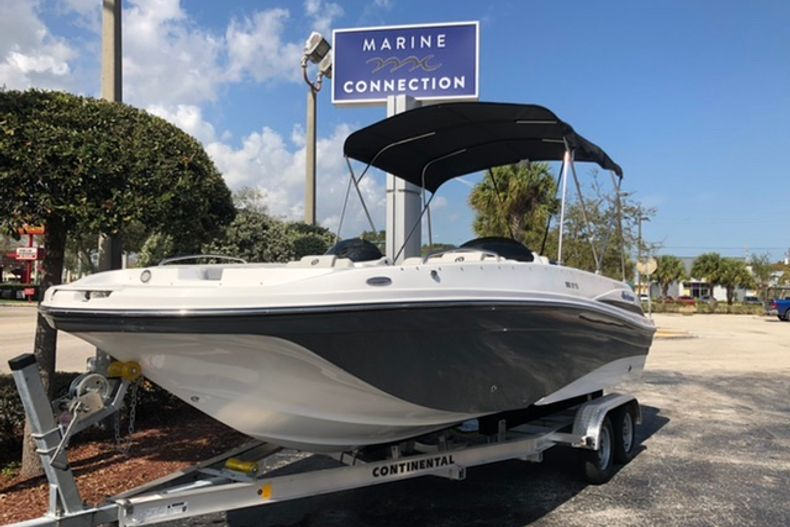 Image 1 for 2021 Hurricane SunDeck Sport SS 218 OB in Vero Beach, FL