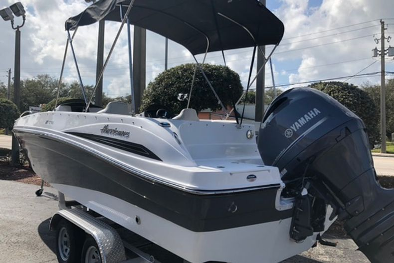 Image 3 for 2021 Hurricane SunDeck Sport SS 218 OB in Vero Beach, FL