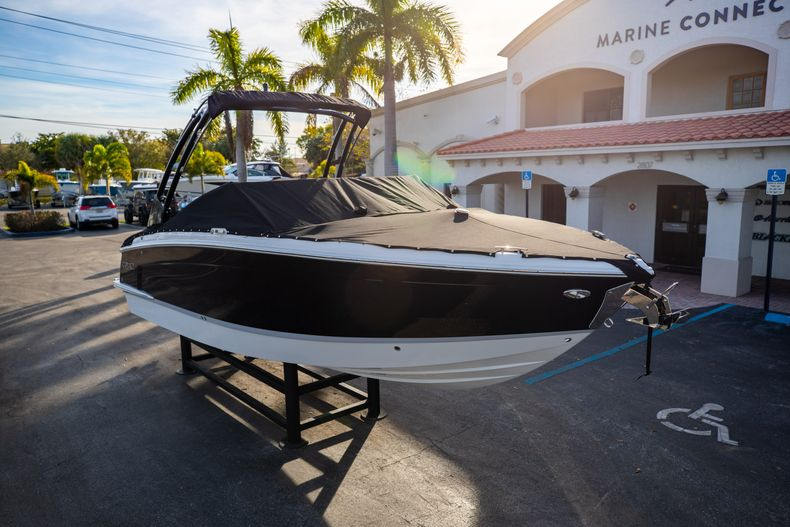Thumbnail 3 for New 2021 Cobalt R6 boat for sale in Miami, FL