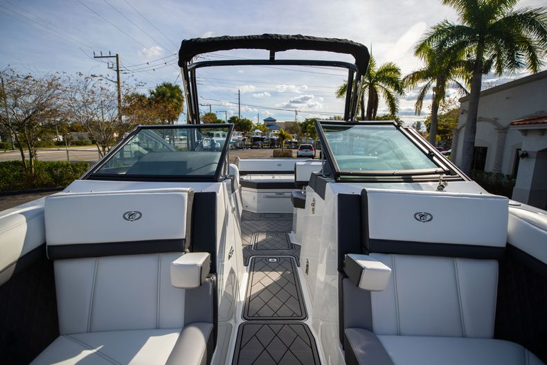 Thumbnail 62 for New 2021 Cobalt R6 boat for sale in Miami, FL