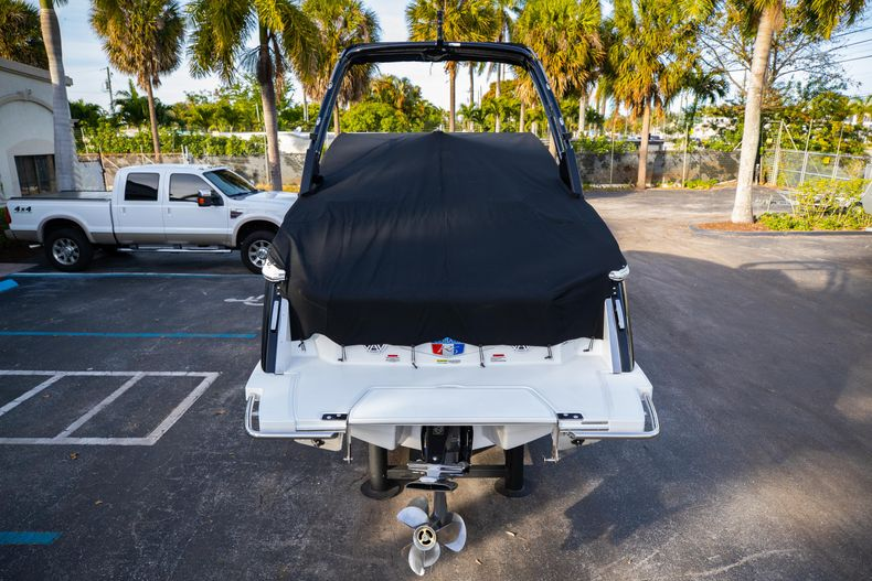 Thumbnail 13 for New 2021 Cobalt R6 boat for sale in Miami, FL
