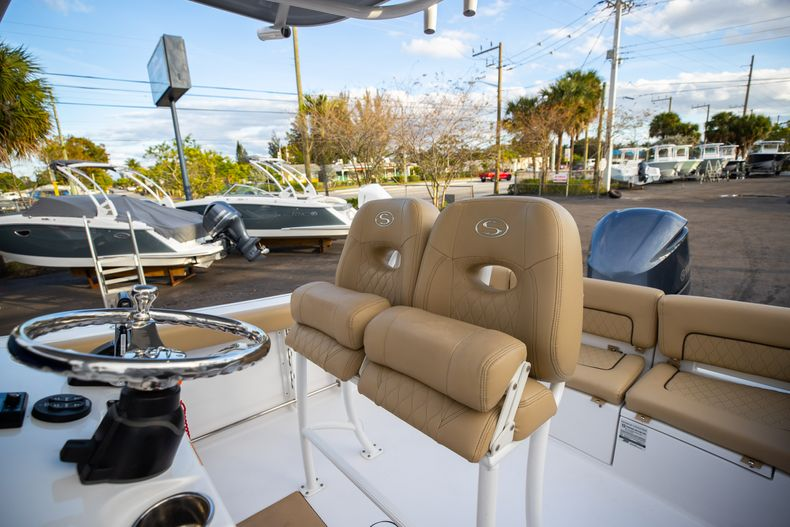Thumbnail 37 for Used 2018 Sportsman Heritage 241 Center Console boat for sale in West Palm Beach, FL