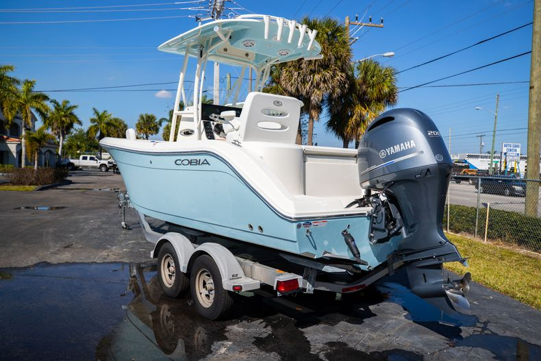 Thumbnail 4 for New 2021 Cobia 220 CC boat for sale in West Palm Beach, FL