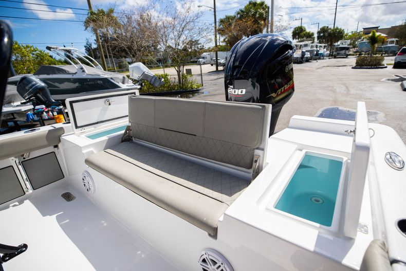 Thumbnail 13 for New 2021 Sportsman Masters 227 Bay Boat boat for sale in Vero Beach, FL