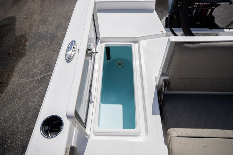 Thumbnail 11 for New 2021 Sportsman Masters 227 Bay Boat boat for sale in Vero Beach, FL