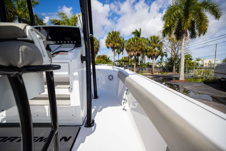 Thumbnail 15 for New 2021 Sportsman Masters 227 Bay Boat boat for sale in Vero Beach, FL