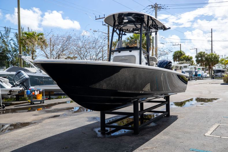 Thumbnail 3 for New 2021 Sportsman Masters 227 Bay Boat boat for sale in Vero Beach, FL