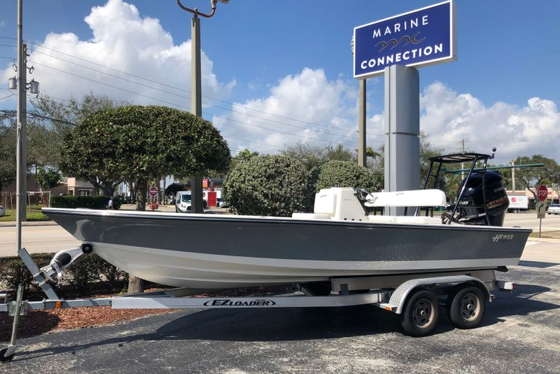 New 2021 Hewes Redfisher 21 boat for sale in Vero Beach, FL