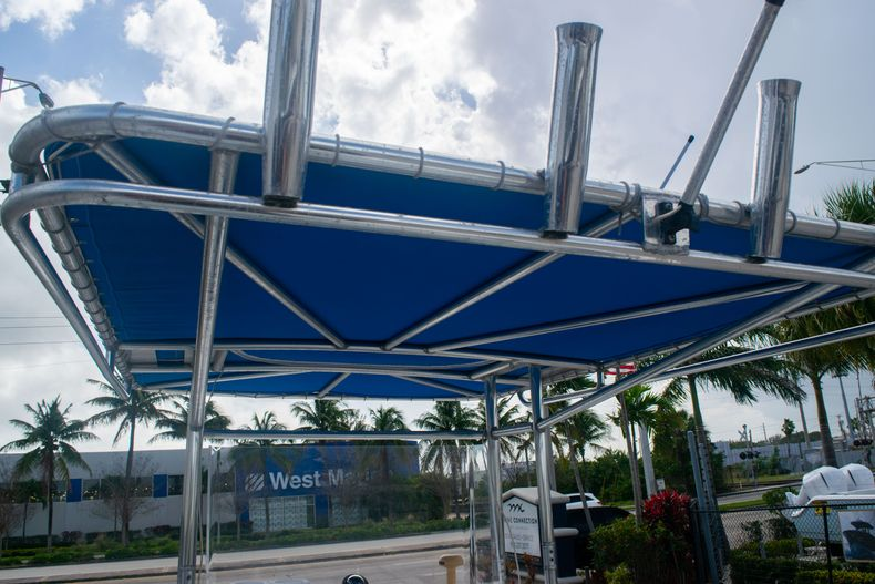 Thumbnail 12 for Used 2002 Dusky 203 Open Center Console boat for sale in Fort Lauderdale, FL