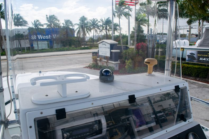 Thumbnail 17 for Used 2002 Dusky 203 Open Center Console boat for sale in Fort Lauderdale, FL