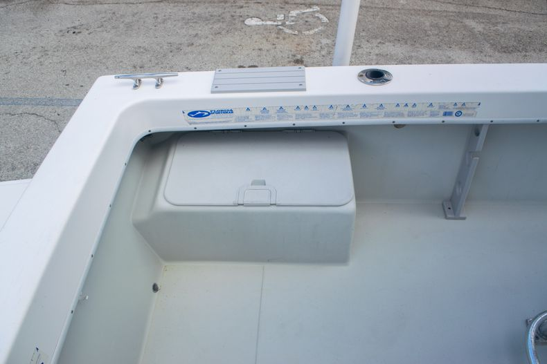 Thumbnail 9 for Used 2002 Dusky 203 Open Center Console boat for sale in Fort Lauderdale, FL