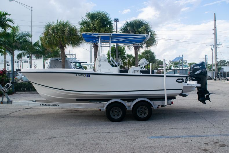Thumbnail 4 for Used 2002 Dusky 203 Open Center Console boat for sale in Fort Lauderdale, FL