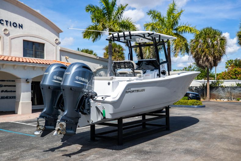 Thumbnail 7 for New 2021 Sportsman Open 252 Center Console boat for sale in West Palm Beach, FL