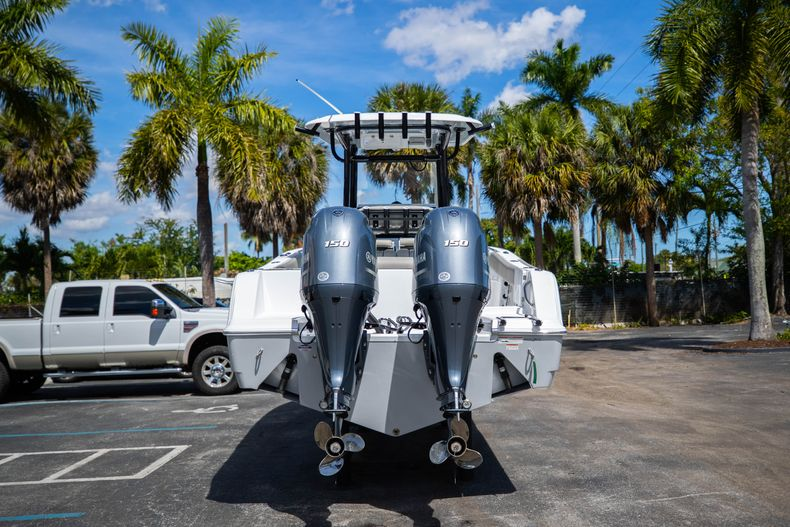 Thumbnail 6 for New 2021 Sportsman Open 252 Center Console boat for sale in West Palm Beach, FL