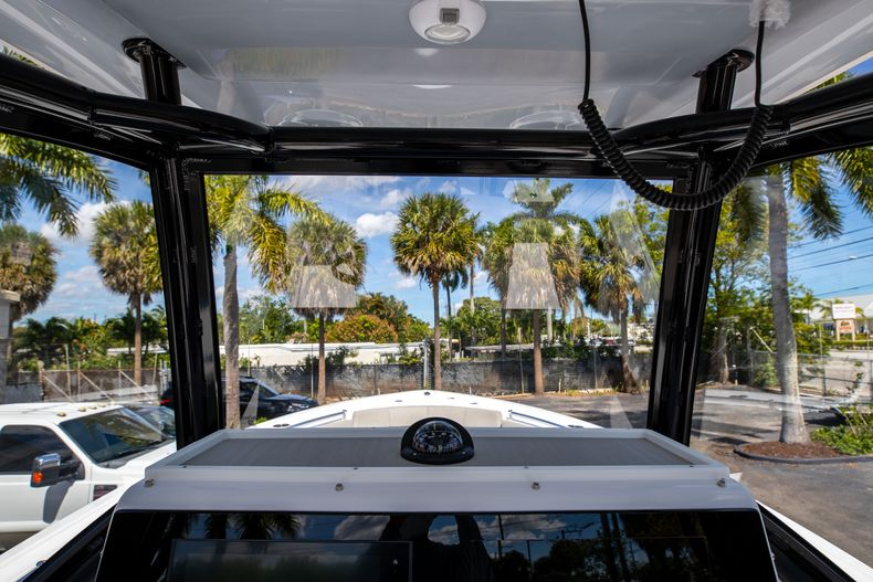 Thumbnail 36 for New 2021 Sportsman Open 252 Center Console boat for sale in West Palm Beach, FL