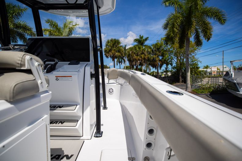 Thumbnail 19 for New 2021 Sportsman Open 252 Center Console boat for sale in West Palm Beach, FL